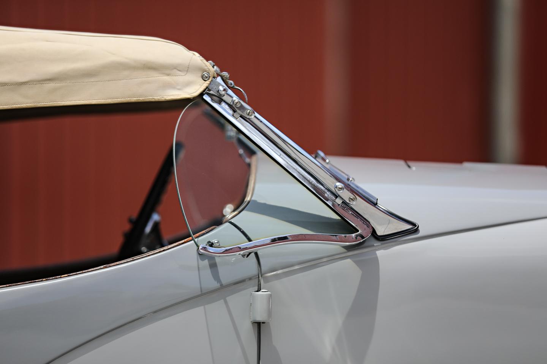 1935 Duesenberg SSJ window details