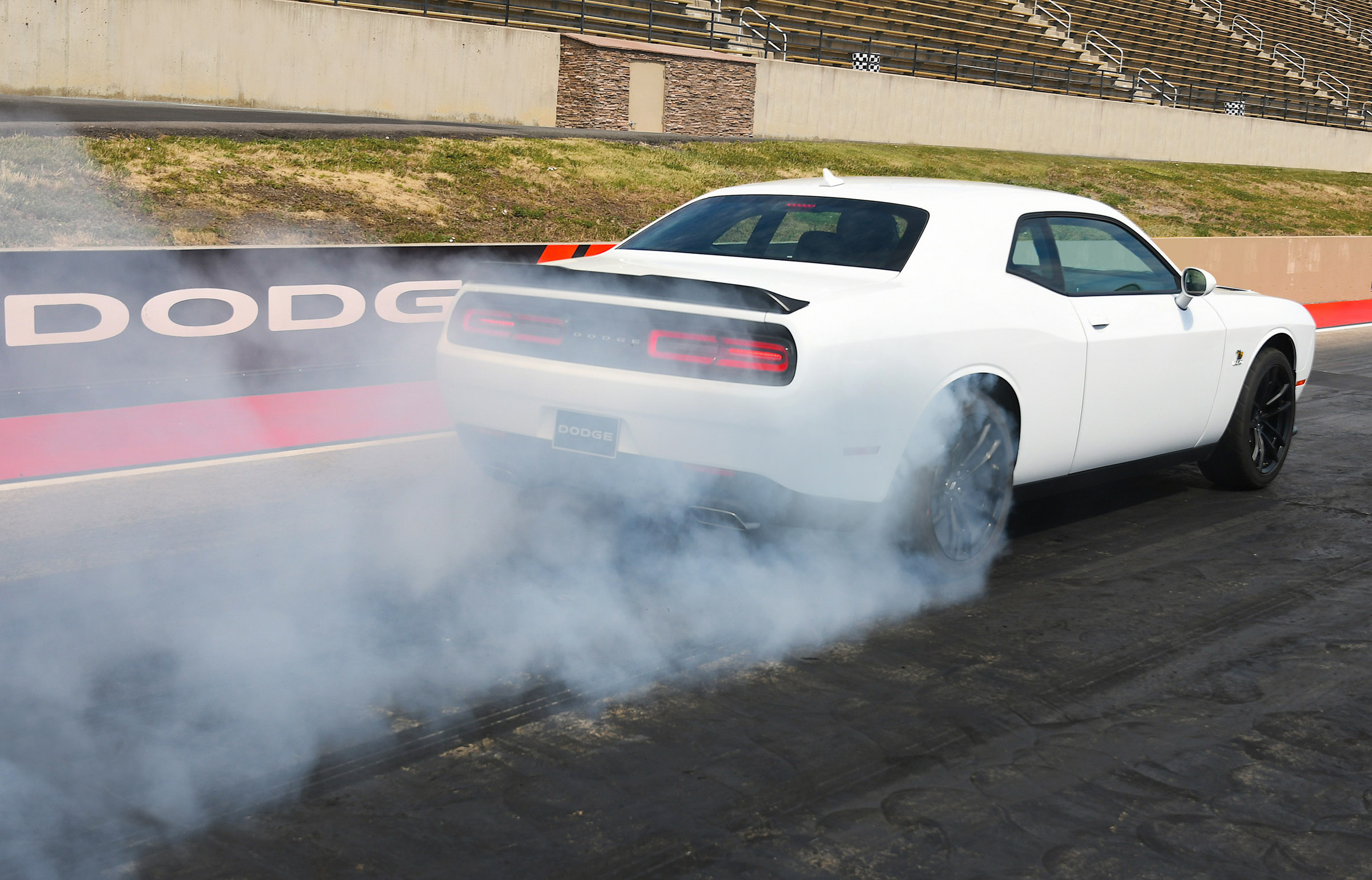 2019 Dodge Challenger R/T Scat Pack 1320  white car burnout rear