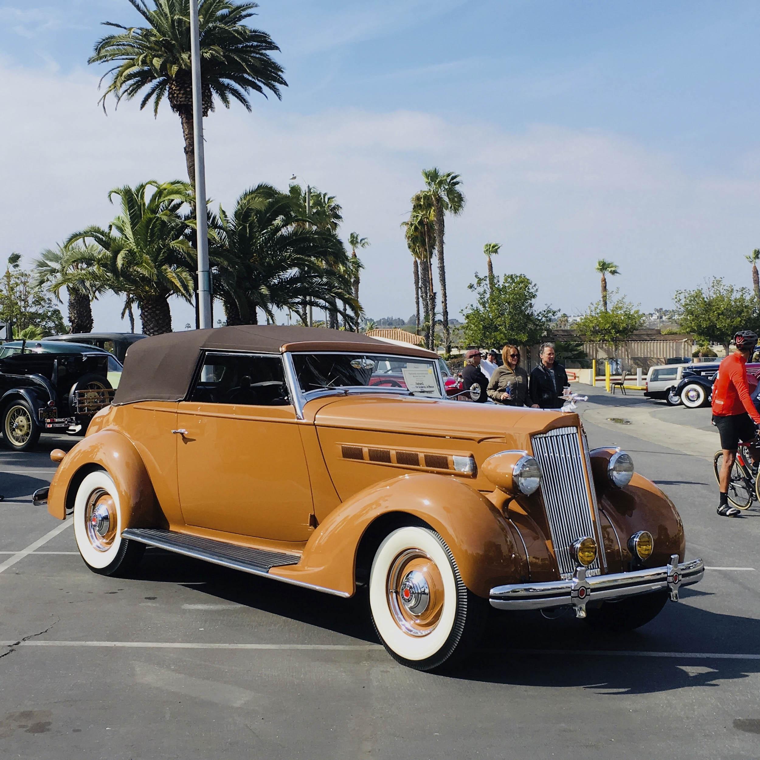 1936 Packard 120 Victoria