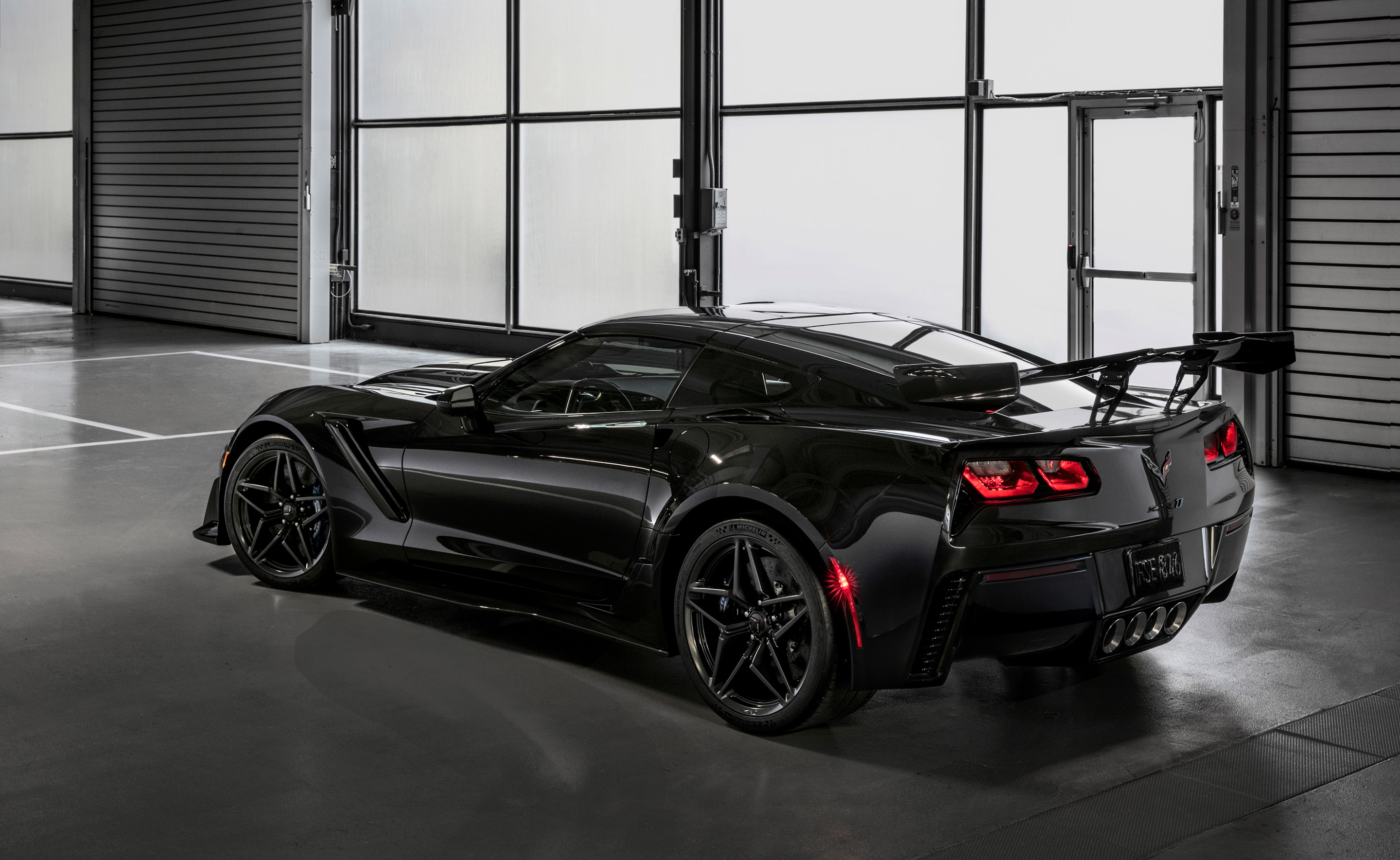 2018 Chevrolet Corvette ZR1 rear wing black