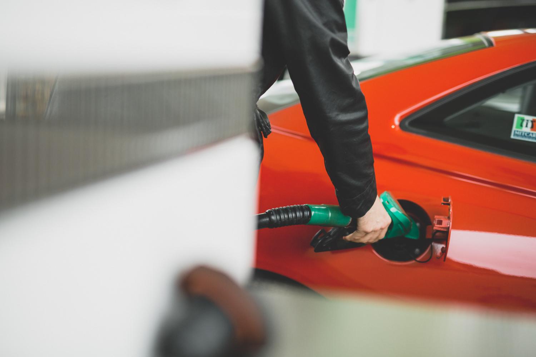 Alfa Romeo fill up orange