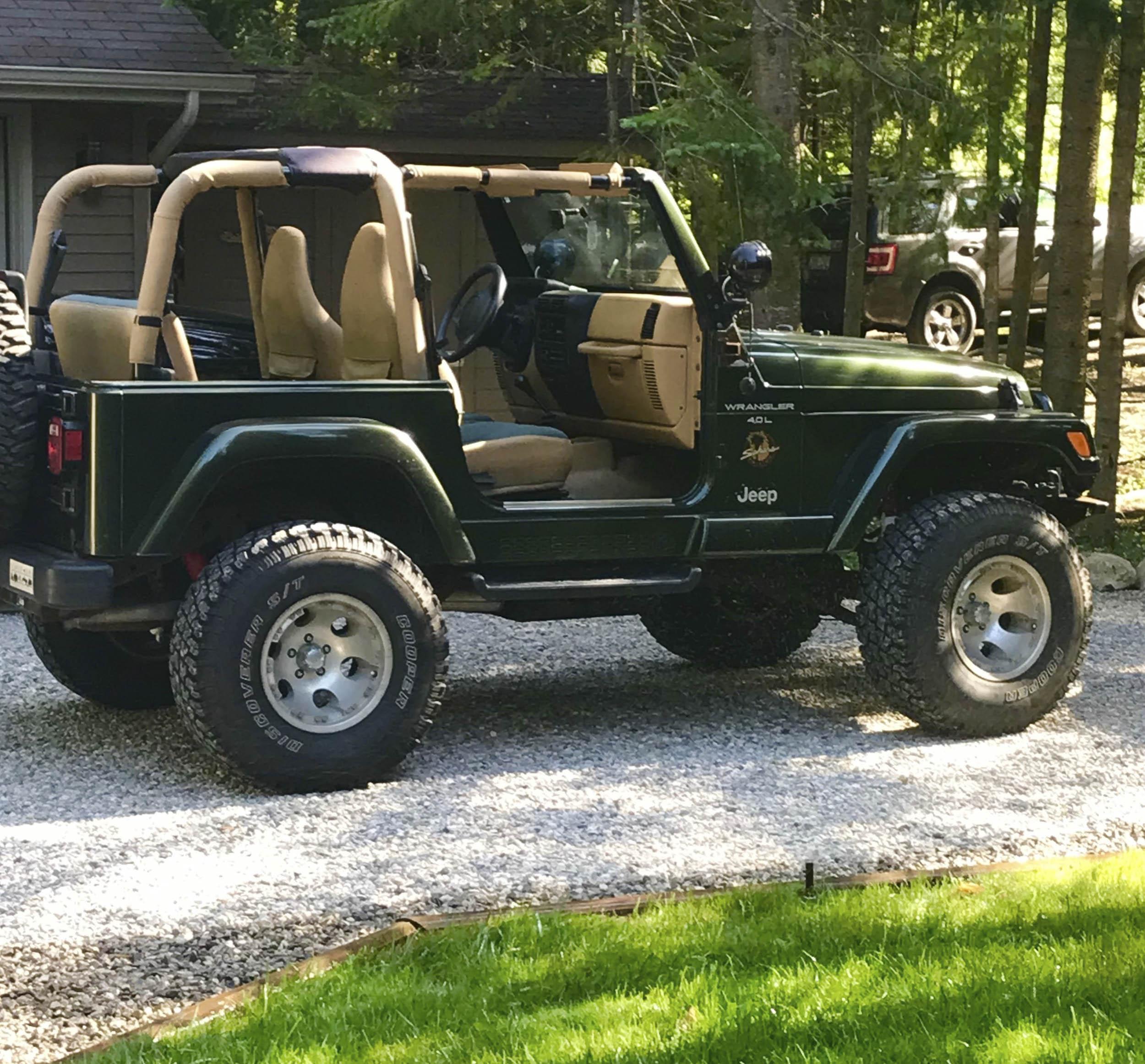 1997 Jeep TJ no doors, no windows, no roof