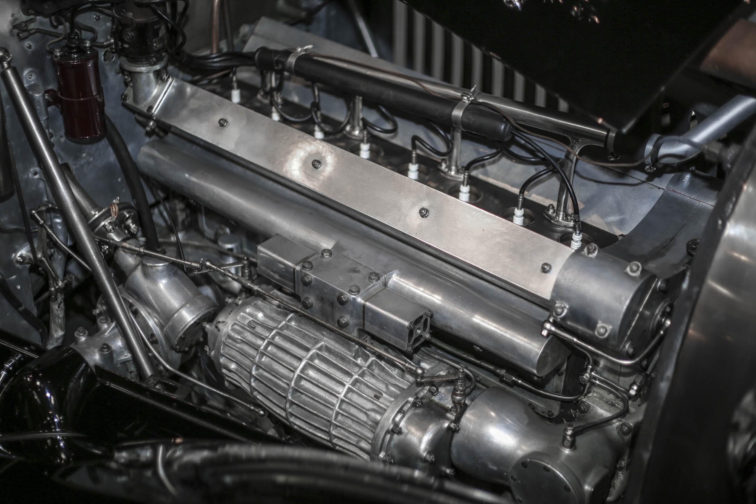 1931 Bugatti 5.0-liter inline-eight