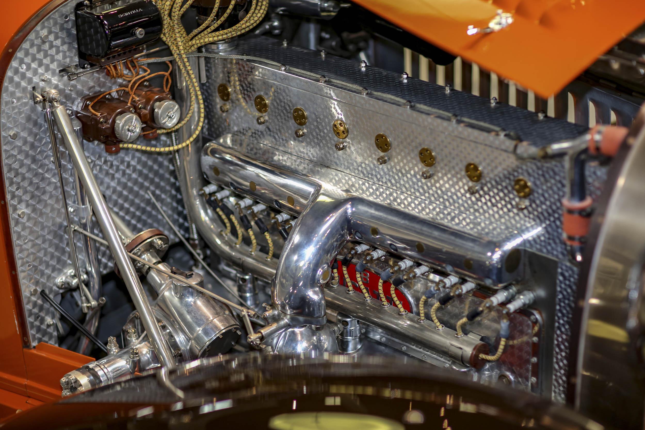 1931 Bugatti 5.4-liter inline-eight engine
