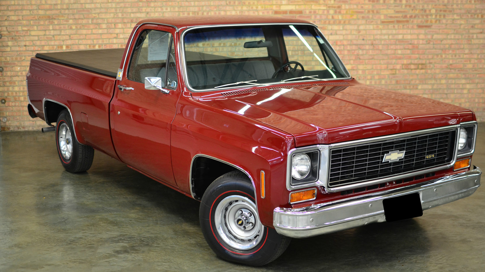 1974 Chevrolet C10 Pickup front 3/4 red