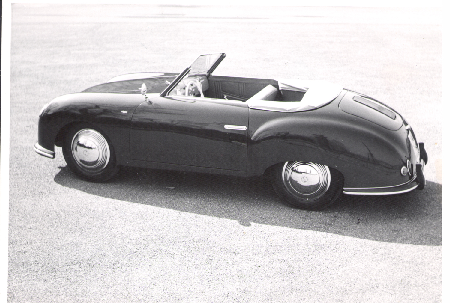The 365/02 002 Beutler convertible (formerly owned by Jolantha Tschudi, the first person to purchase a Porsche)