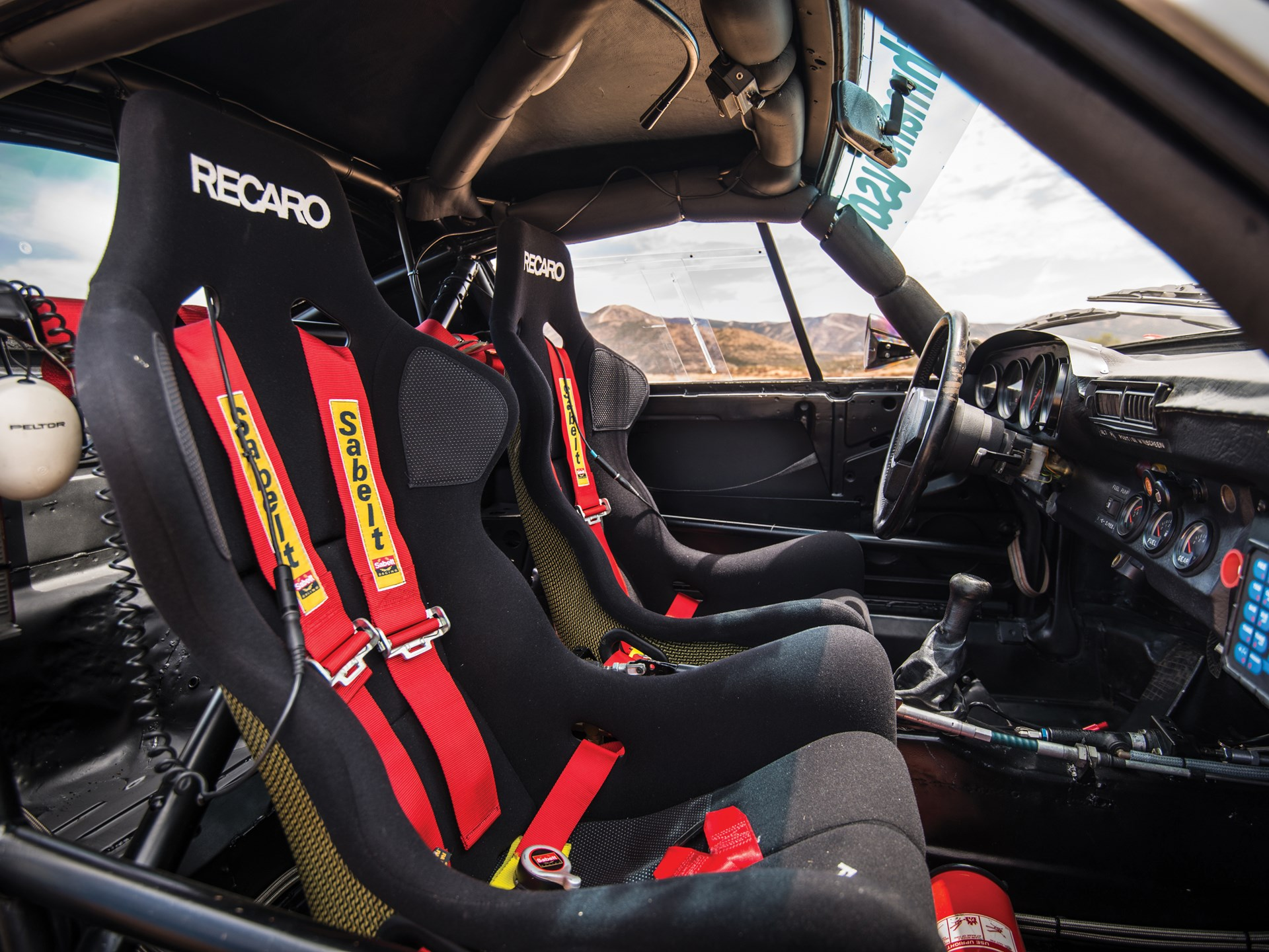 1985 Porsche 959 Paris-Dakar interior seats