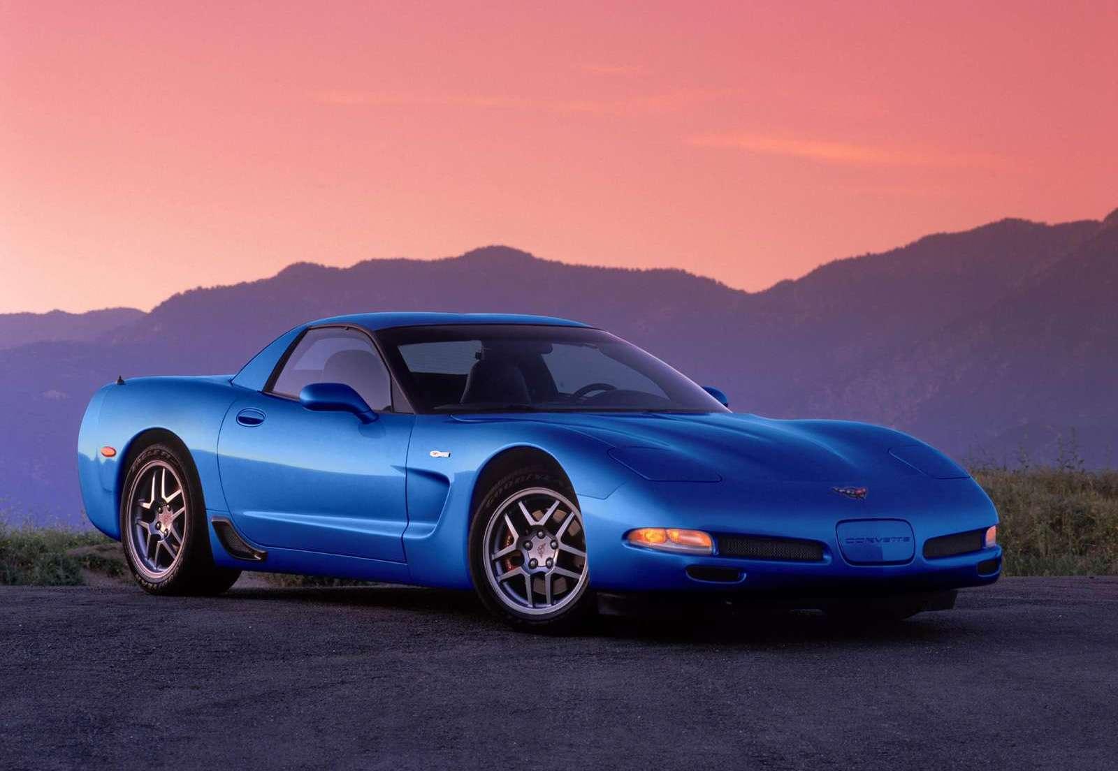 2002 Chevrolet Corvette Z06 front 3/4 blue