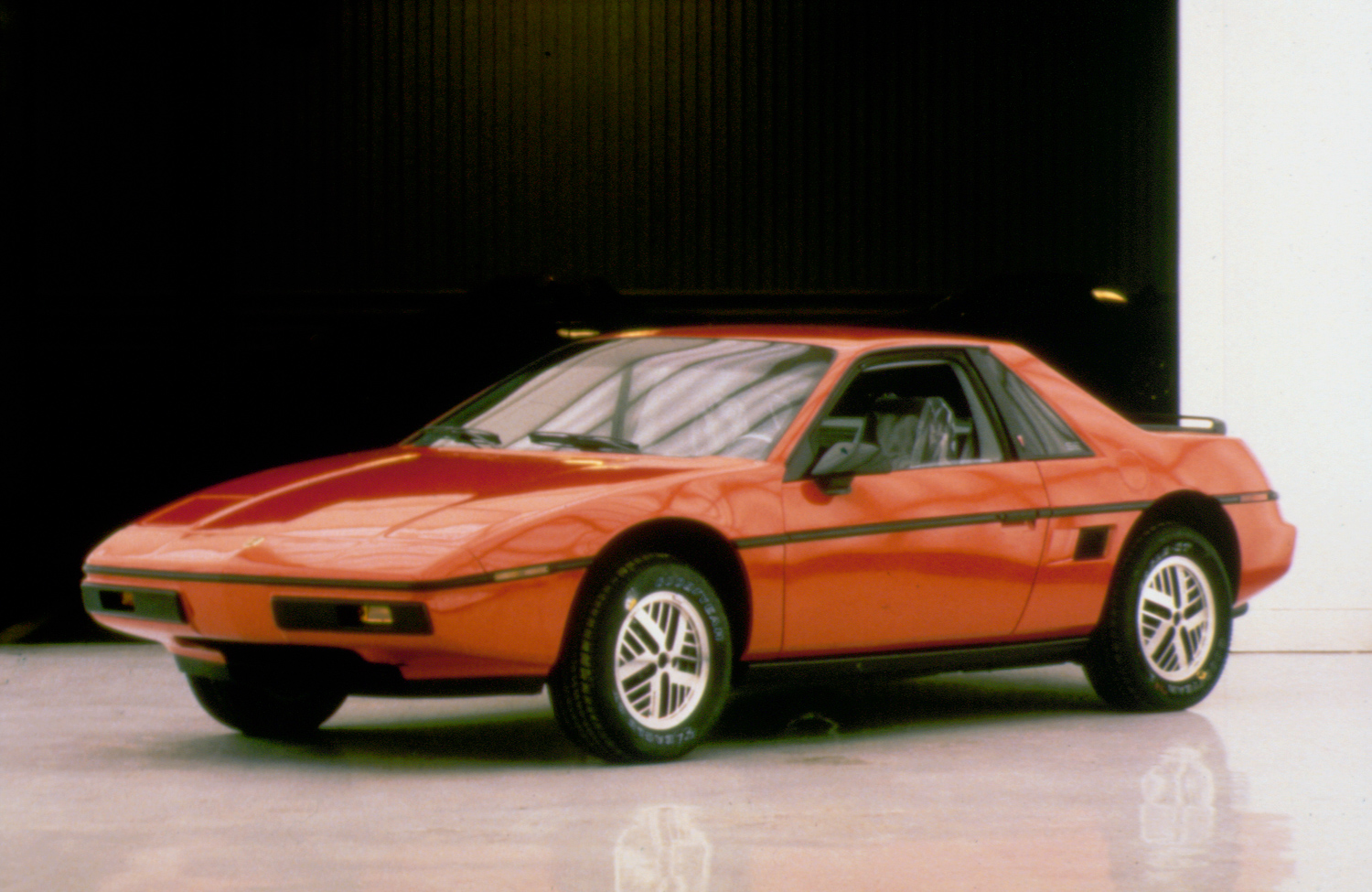 1984 Pontiac Fiero red front 3/4 view