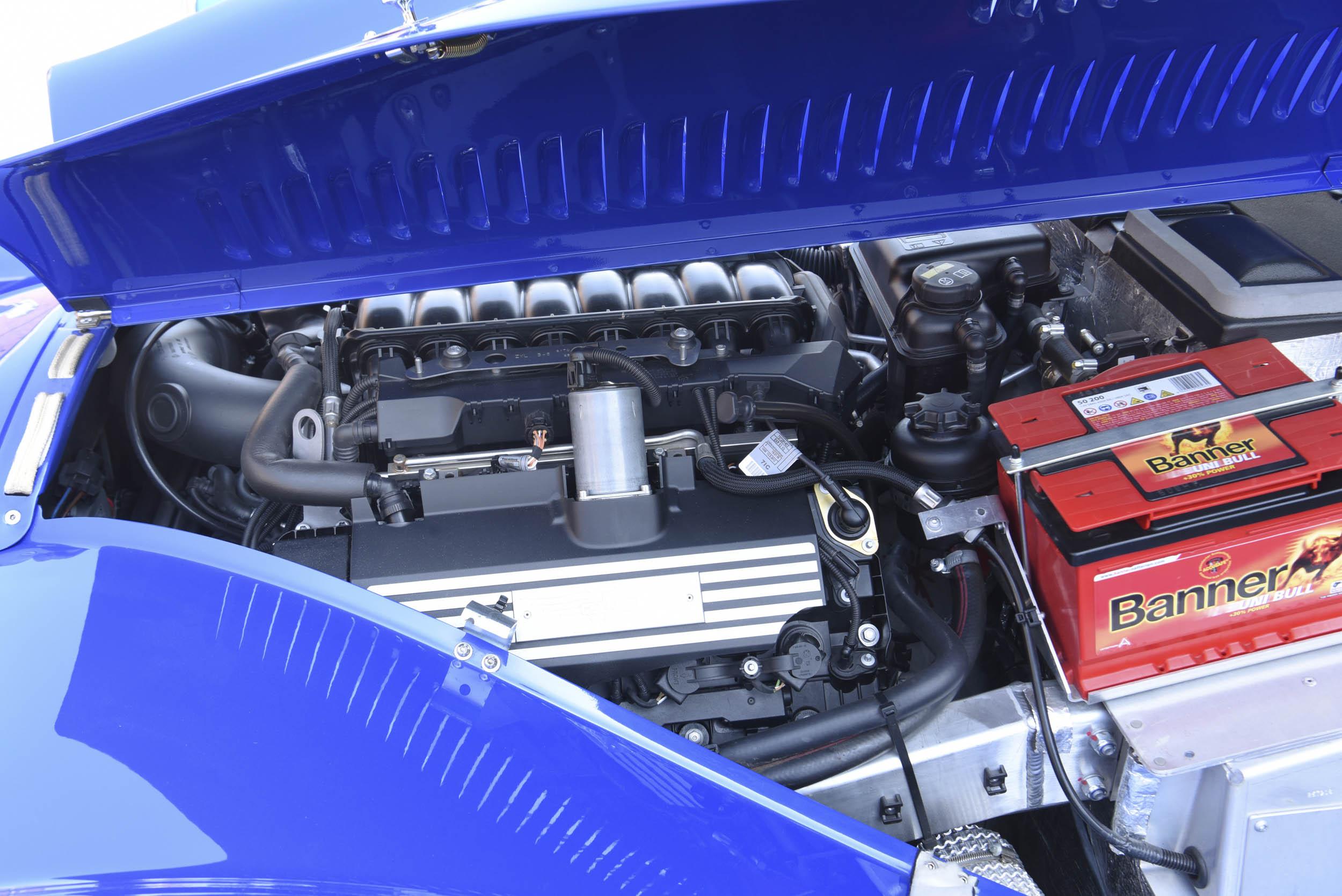 Morgan Plus 8 engine