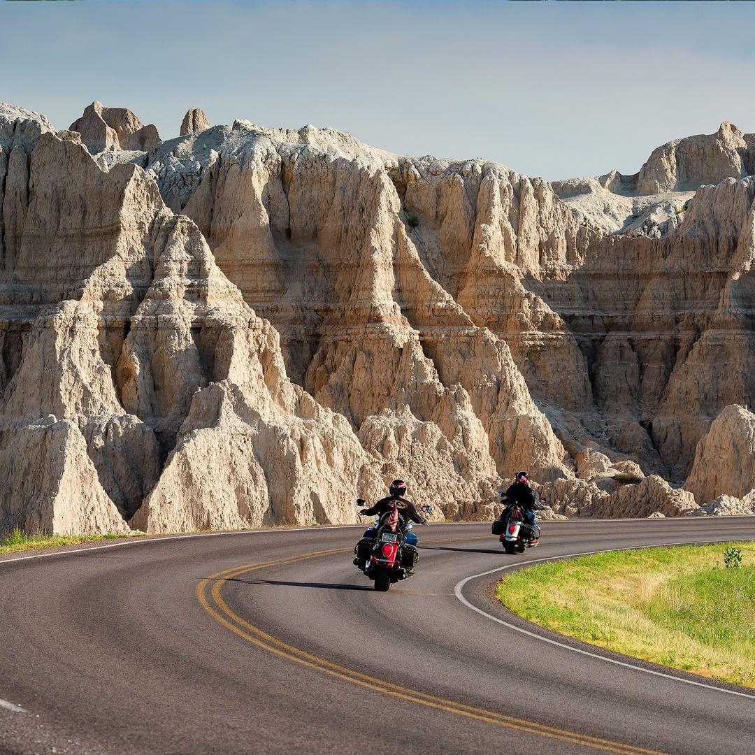 Motorcycle ride through the badlands