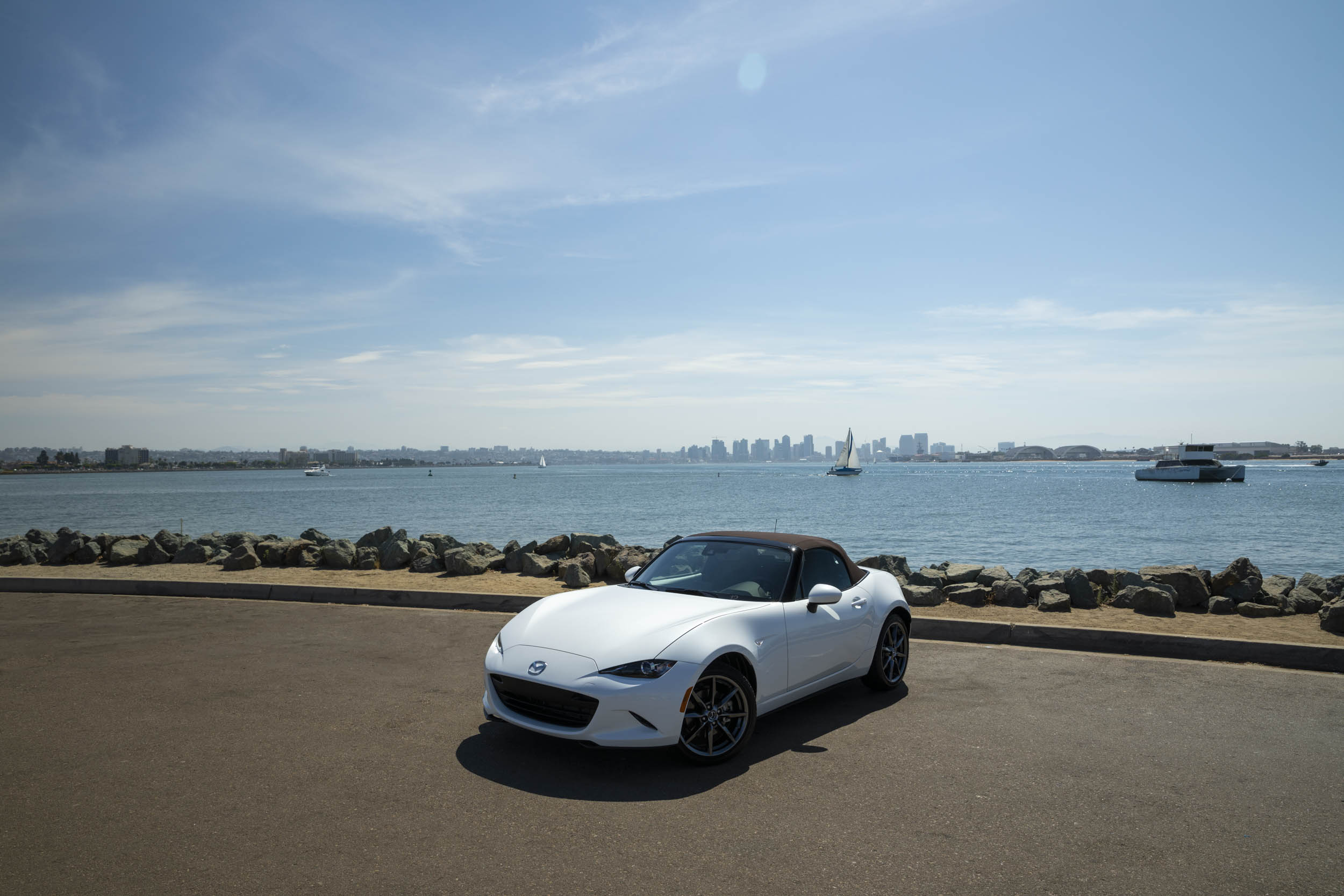 White 2019 Mazda MX-5 Miata Roadster top up