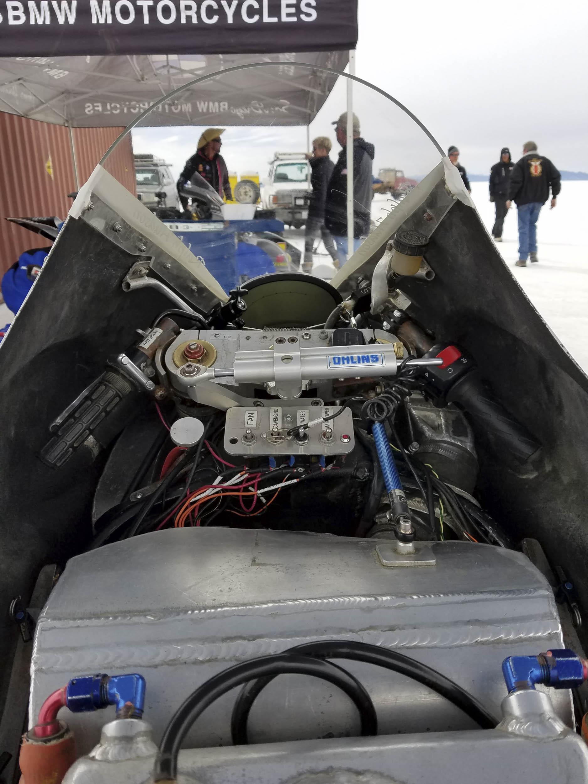 2003 Suzuki GSX-R1000 cockpit