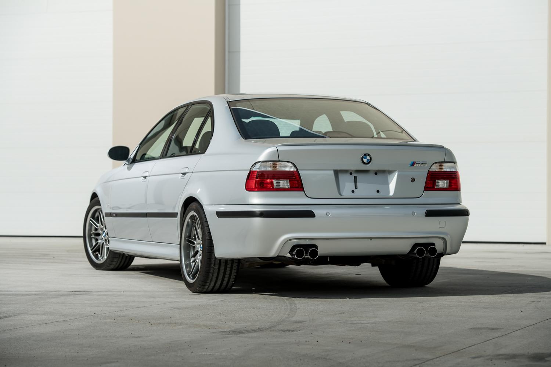 2002 m5 rear 3/4