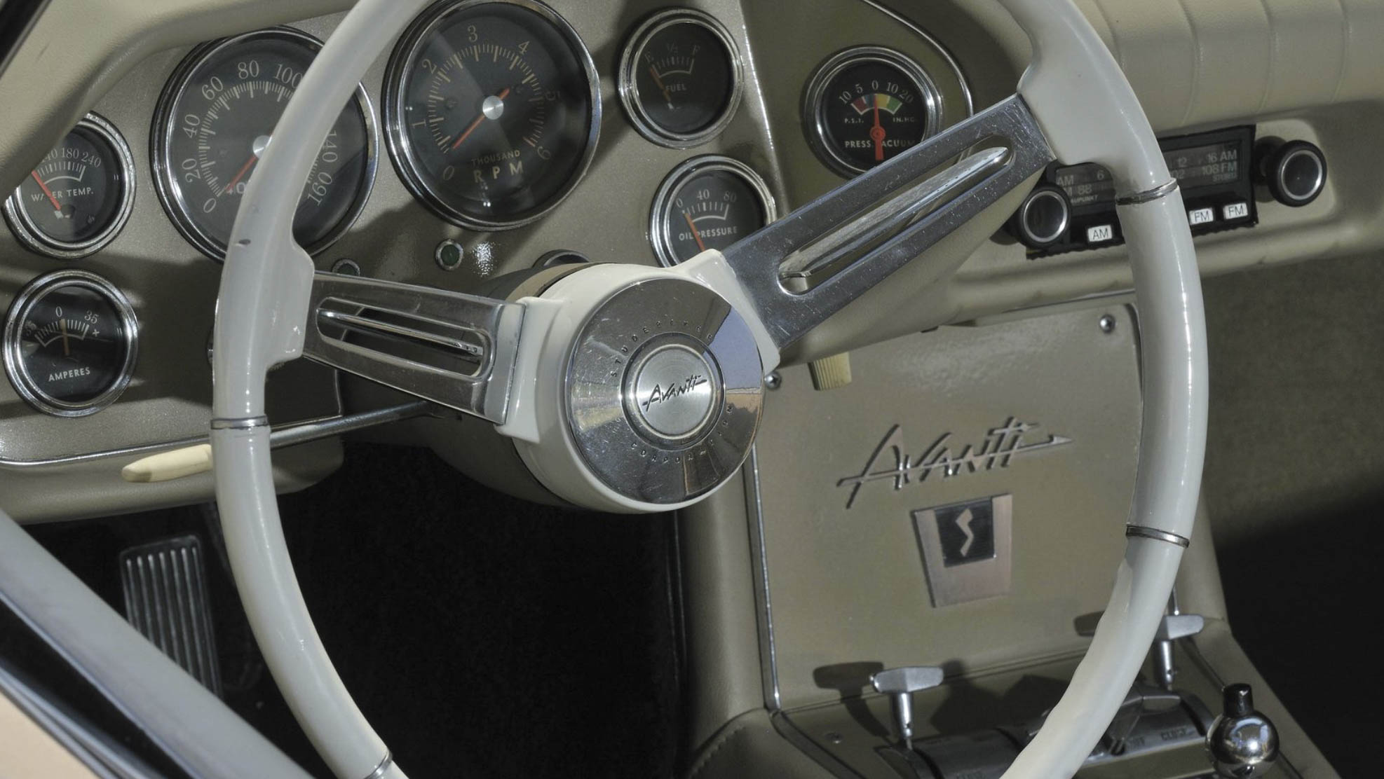1963 Studebaker Avanti steering wheel