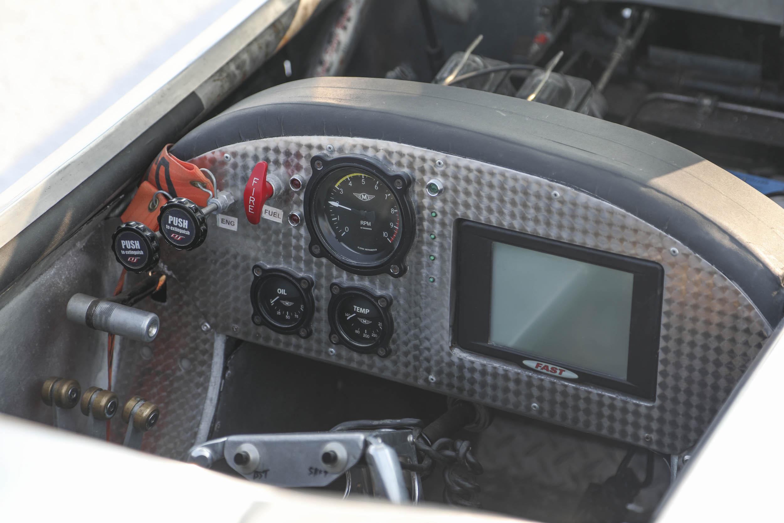 Cockpit speed week racer
