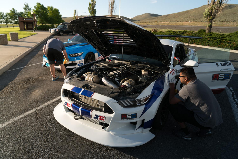 twin turbo mustang highway hood up