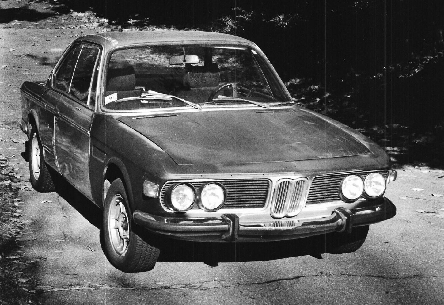 My 3.0CSi in 1987, waiting for my bank account to be replenished.