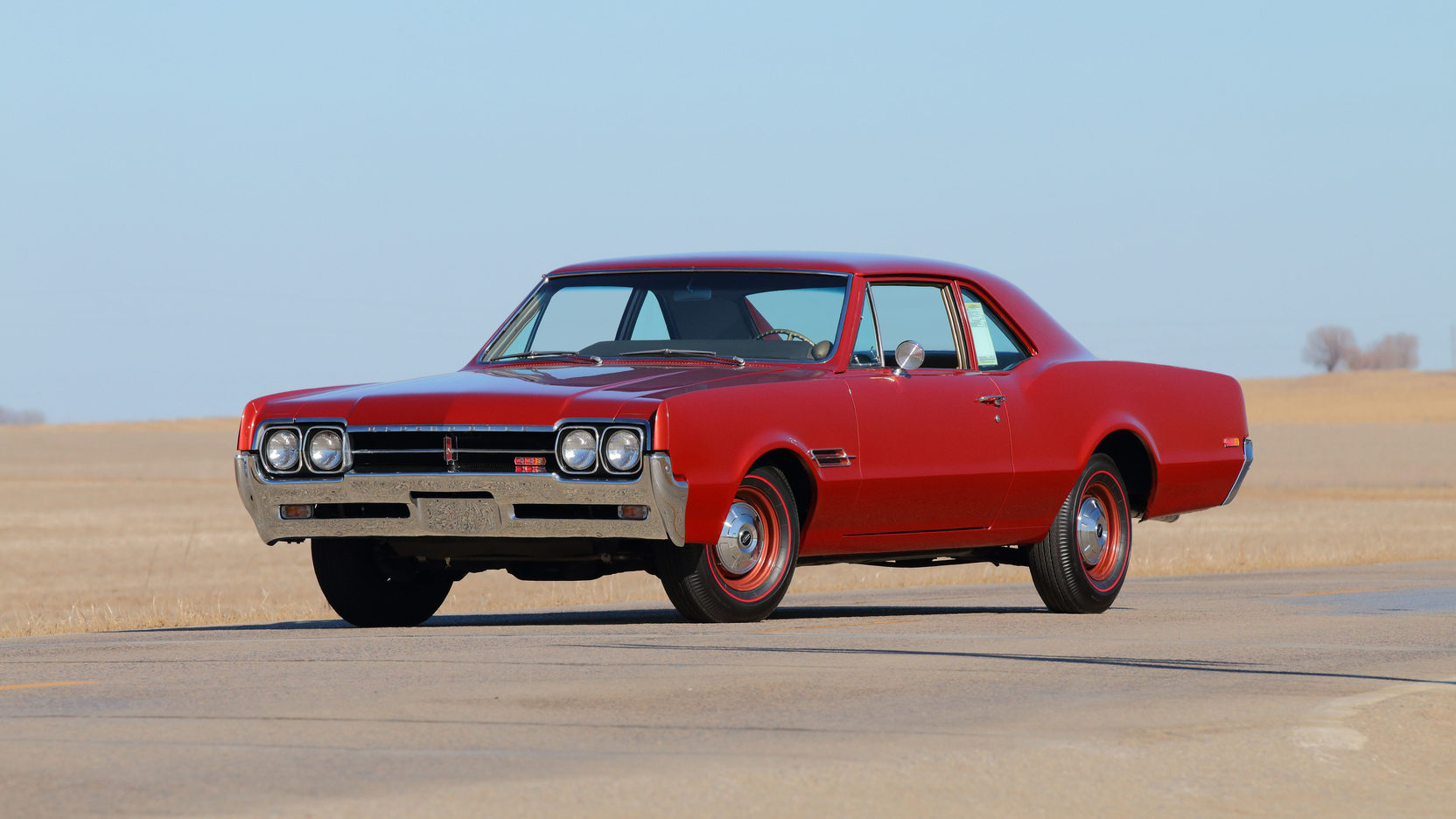 1966 Oldsmobile 4-4-2 front 3/4