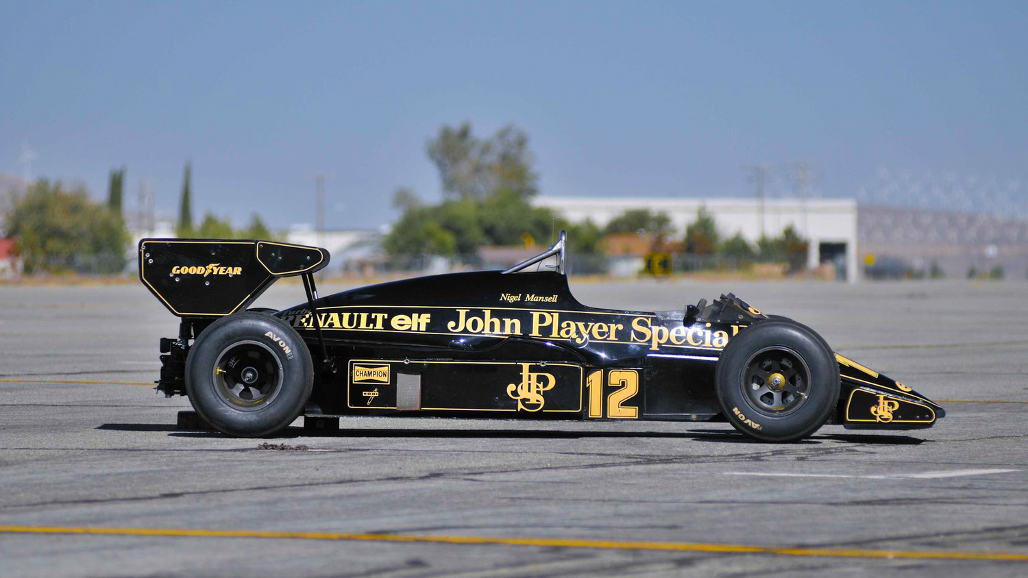 1984 Lotus Type 95T john player special side profile