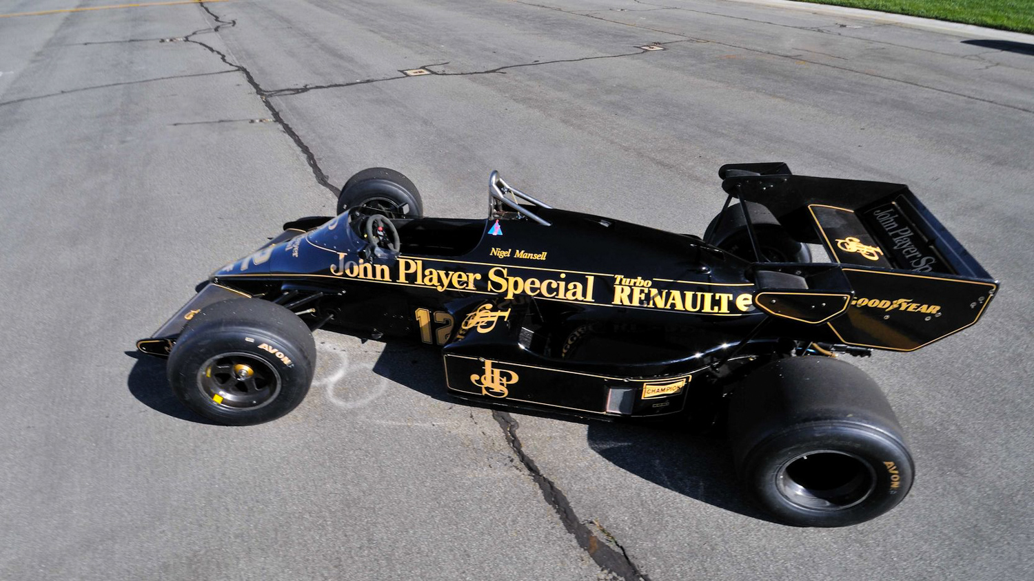 1984 Lotus Type 95T high side profile john player special