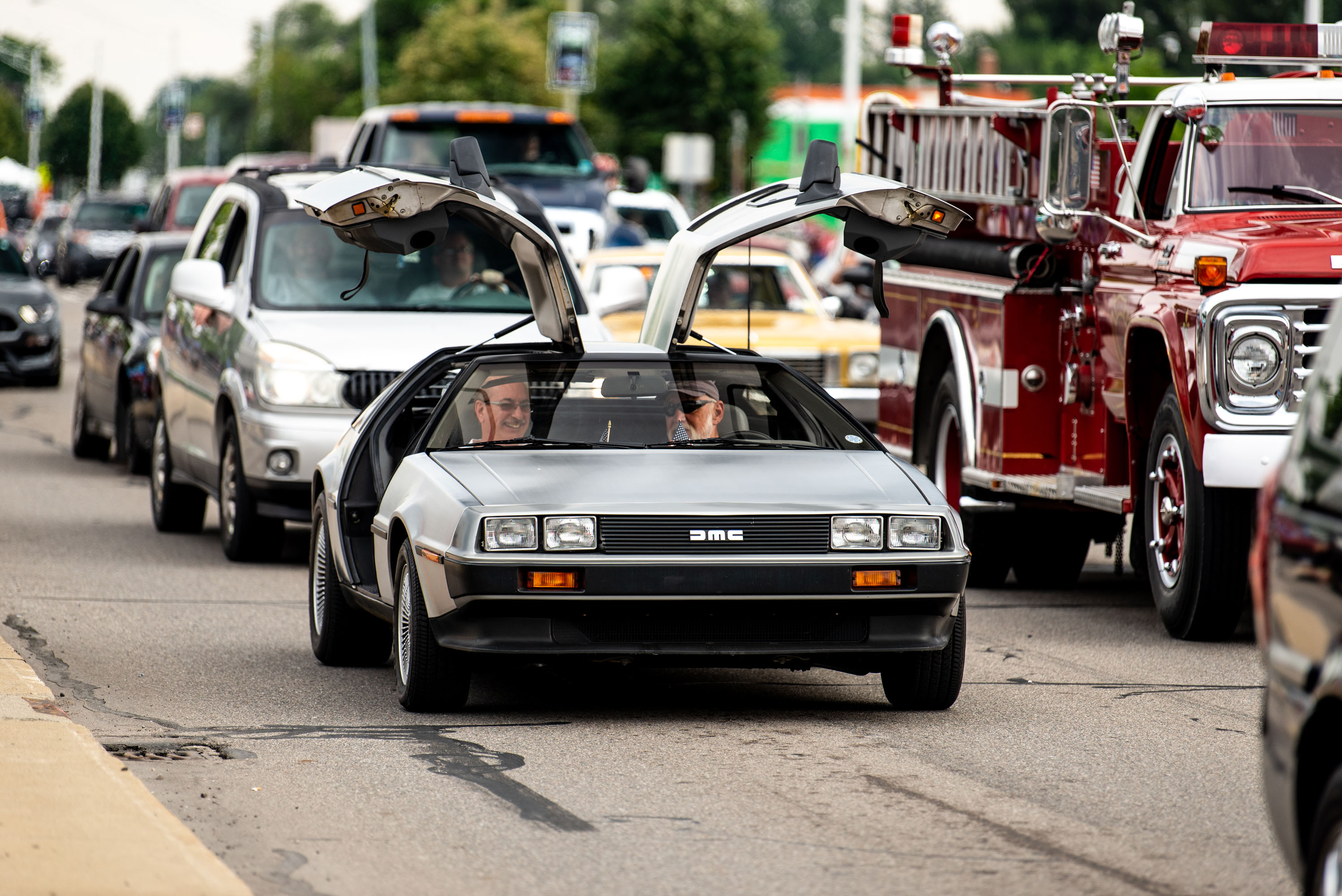 woodward dream cruise delorean front 3/4