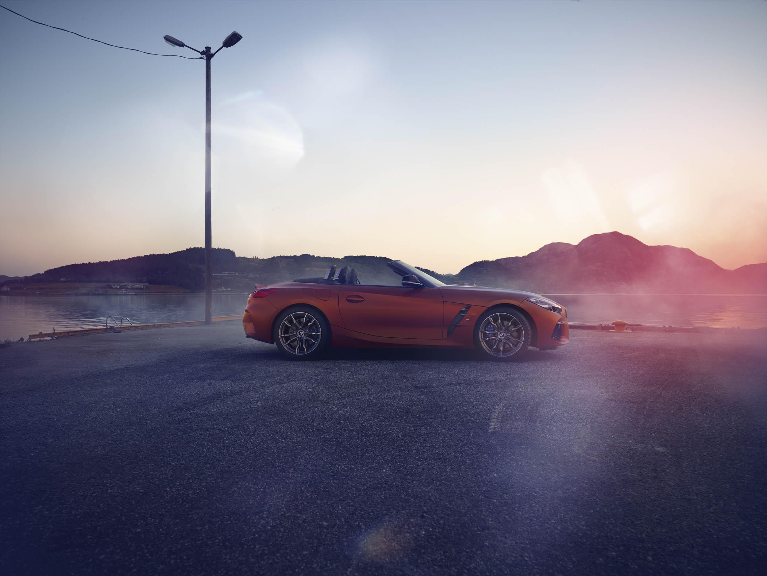 BMW Z4 M40i profile