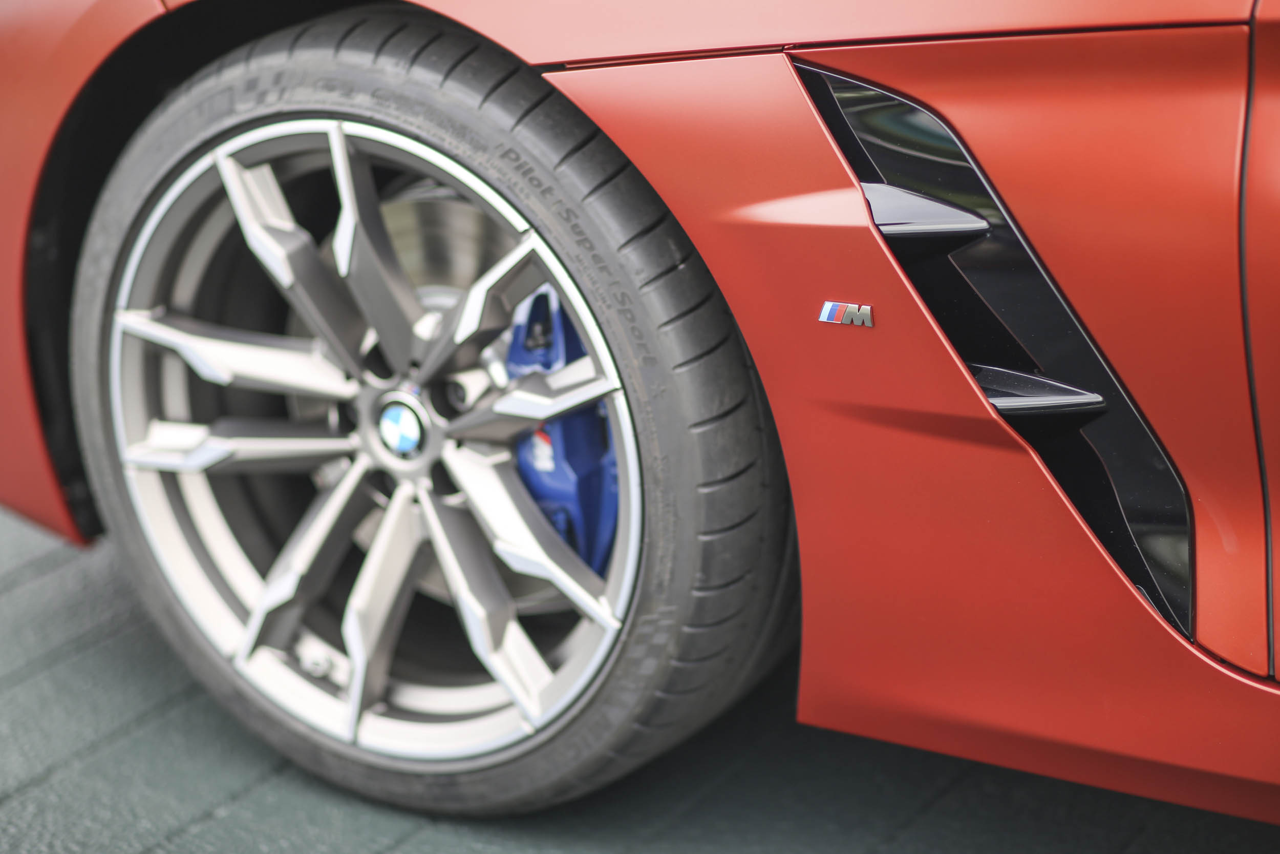BMW Z4 M40i roadster detail