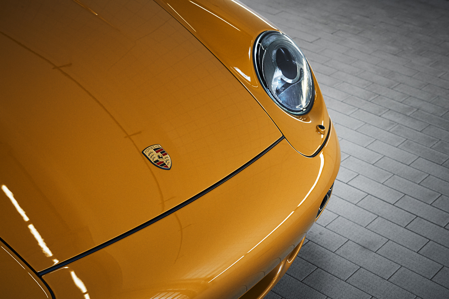 "Porsche ""Project Gold"" 993 Turbo front headlight"