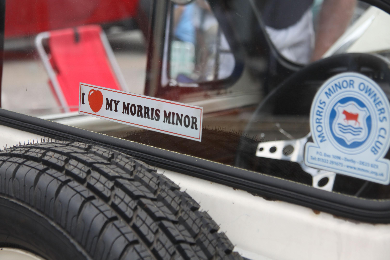 little car show i love morris minor