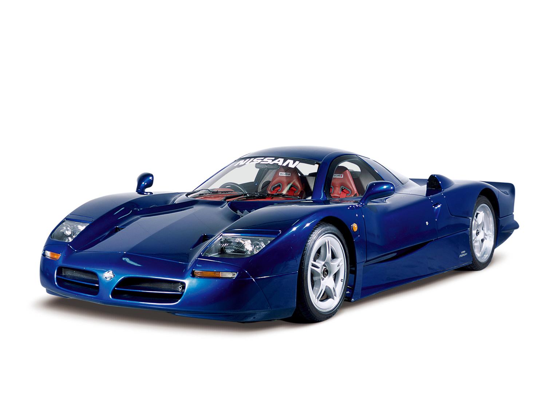 blue Nissan R390 GT1