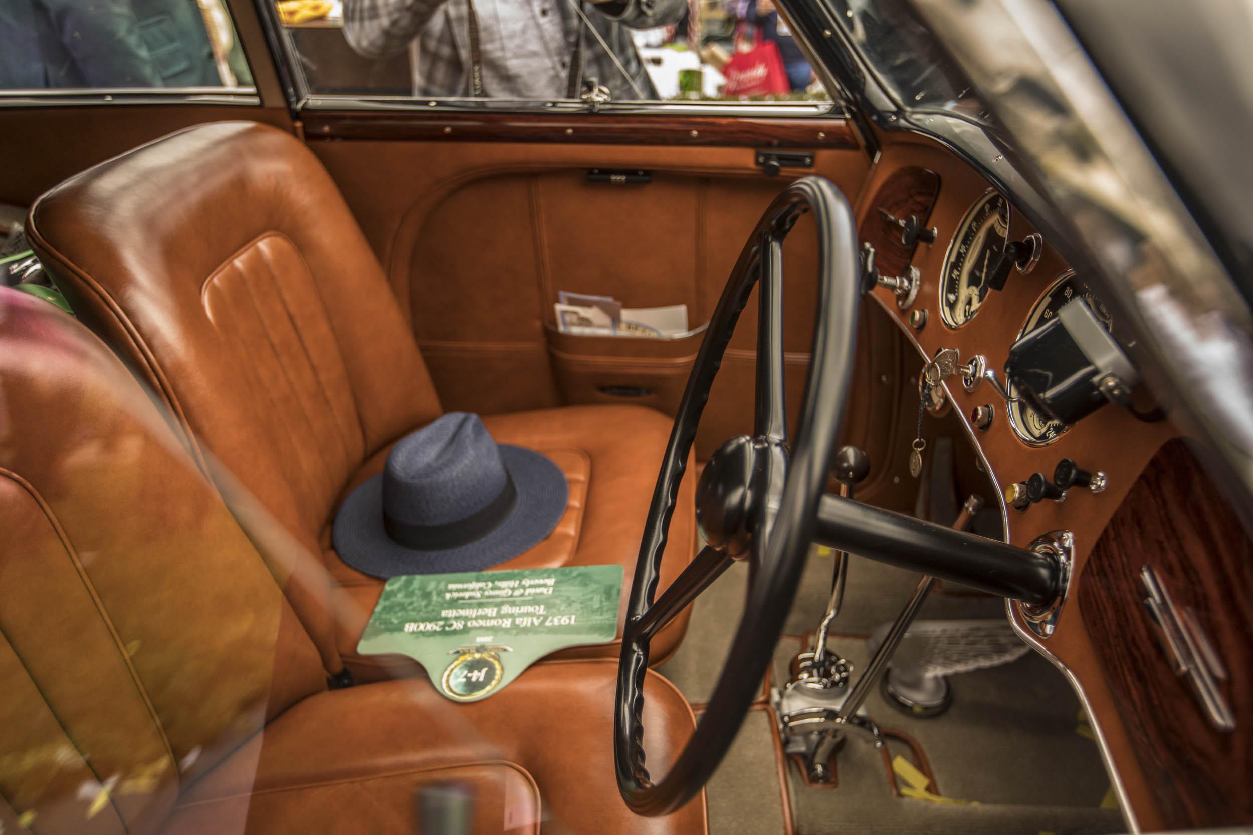 1937 Alfa Romeo 8C interior