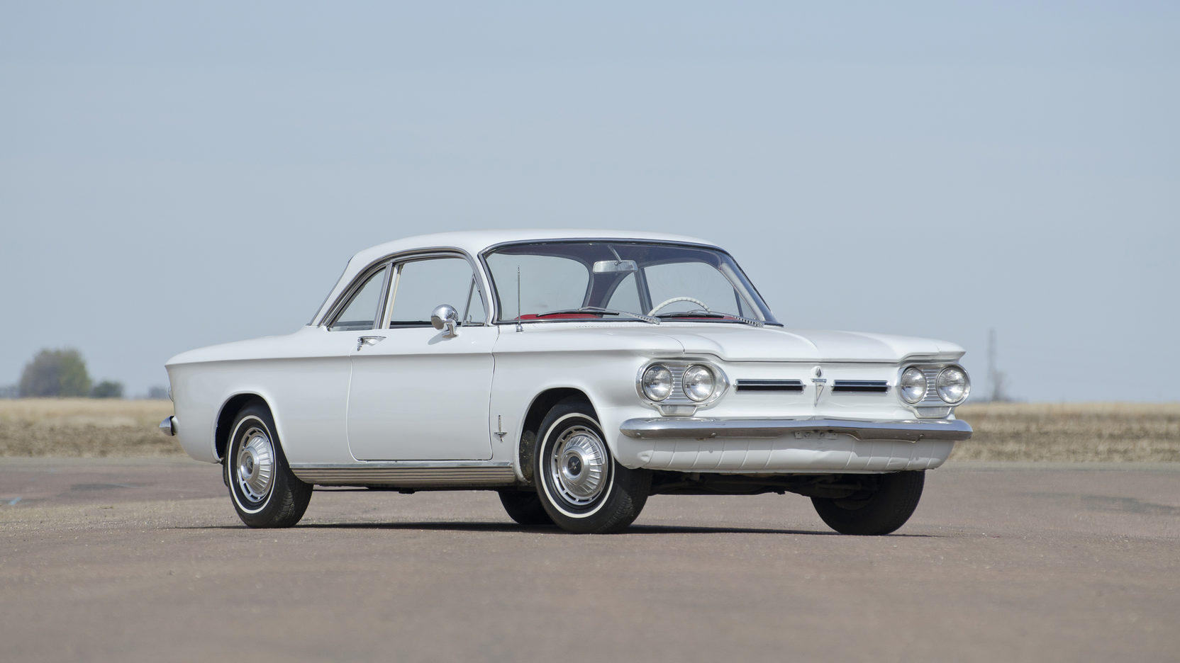Chevrolet Corvair 61 white 3/4 front