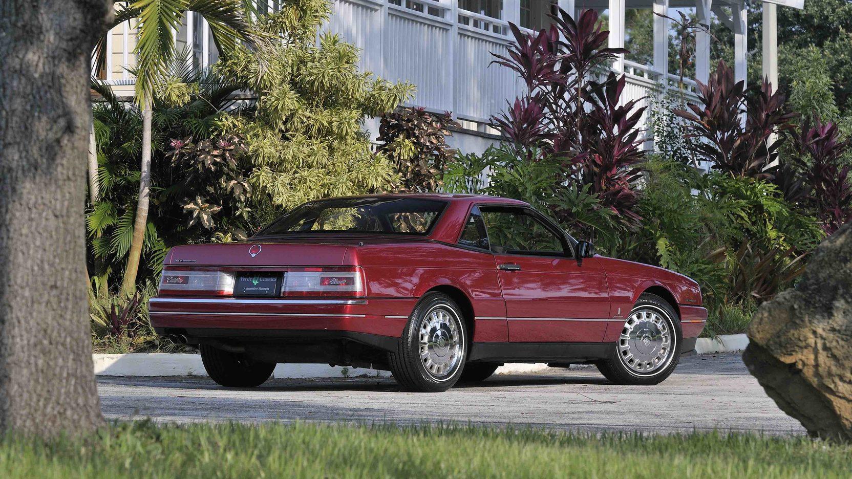 1993 Cadillac Allante rear 3/4
