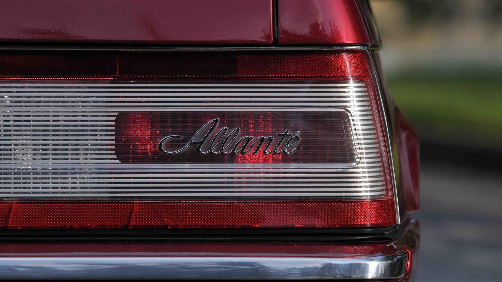 1993 Cadillac Allante taillights
