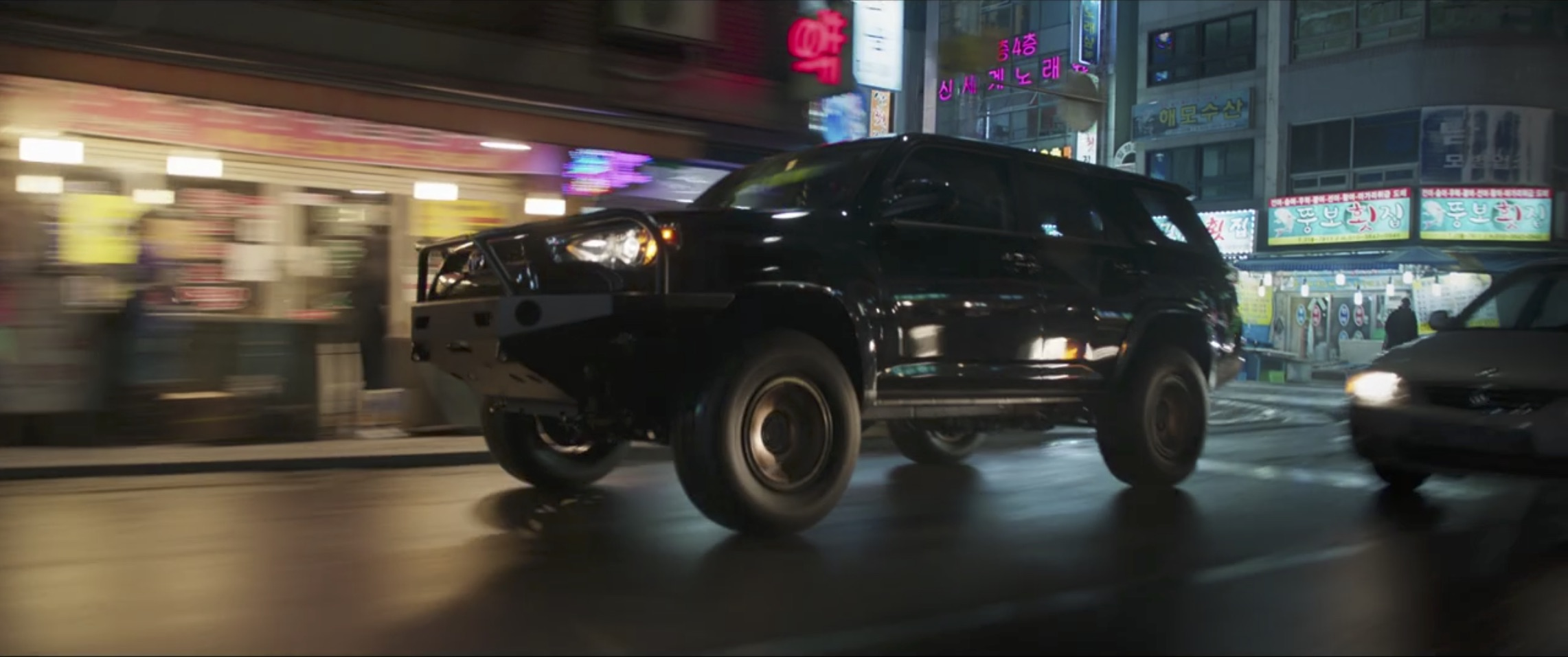 Marvel Black Panther armored suv