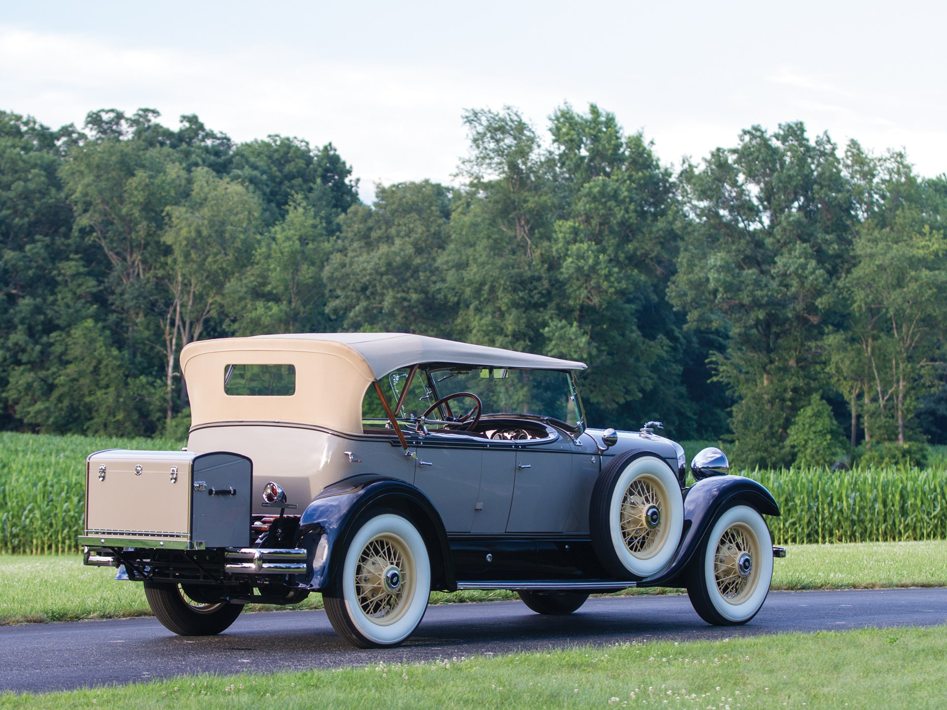 1929 Lincoln Model L front