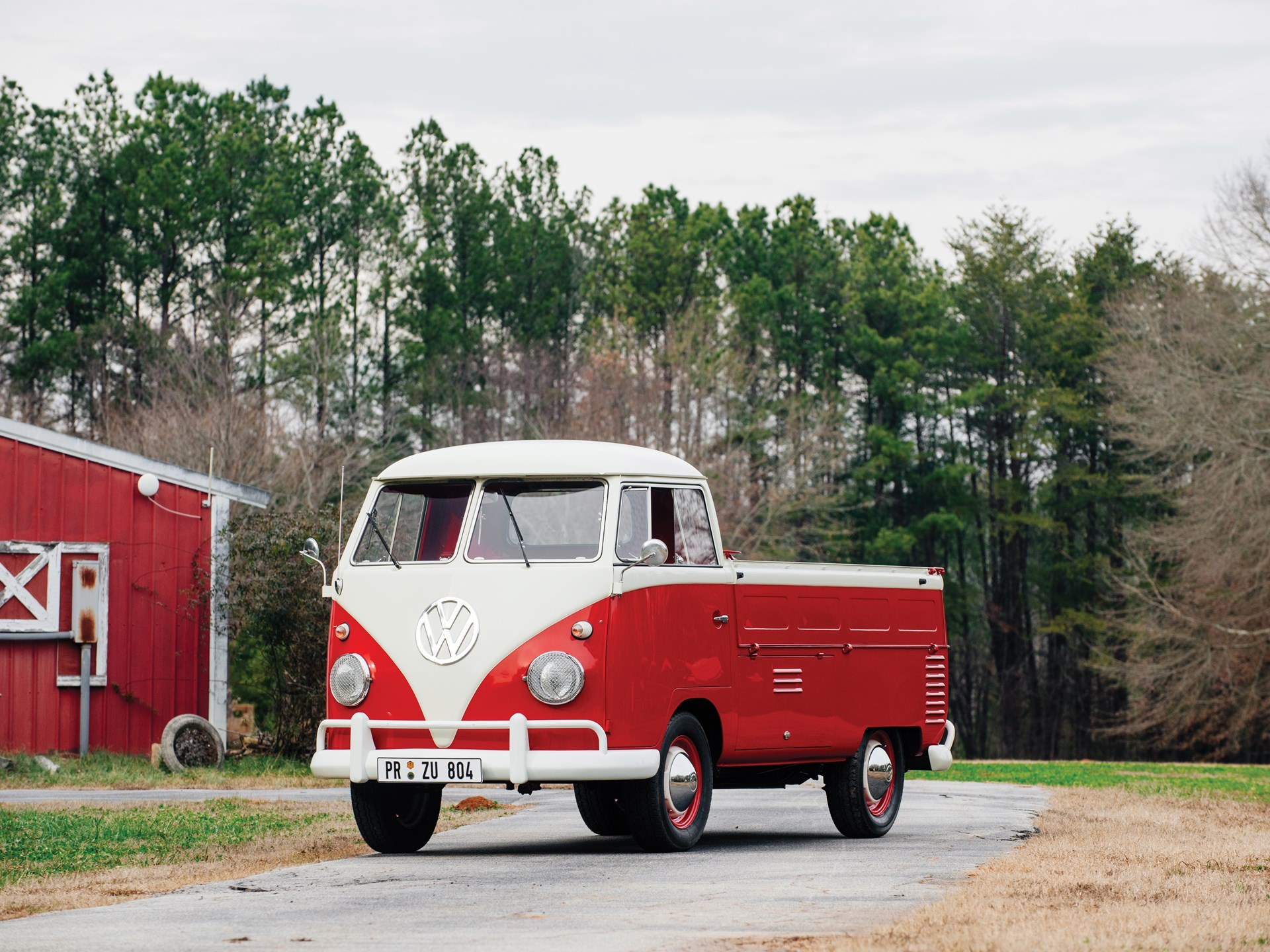 1961 Volkswagen Single-Cab Pickup front 3/4
