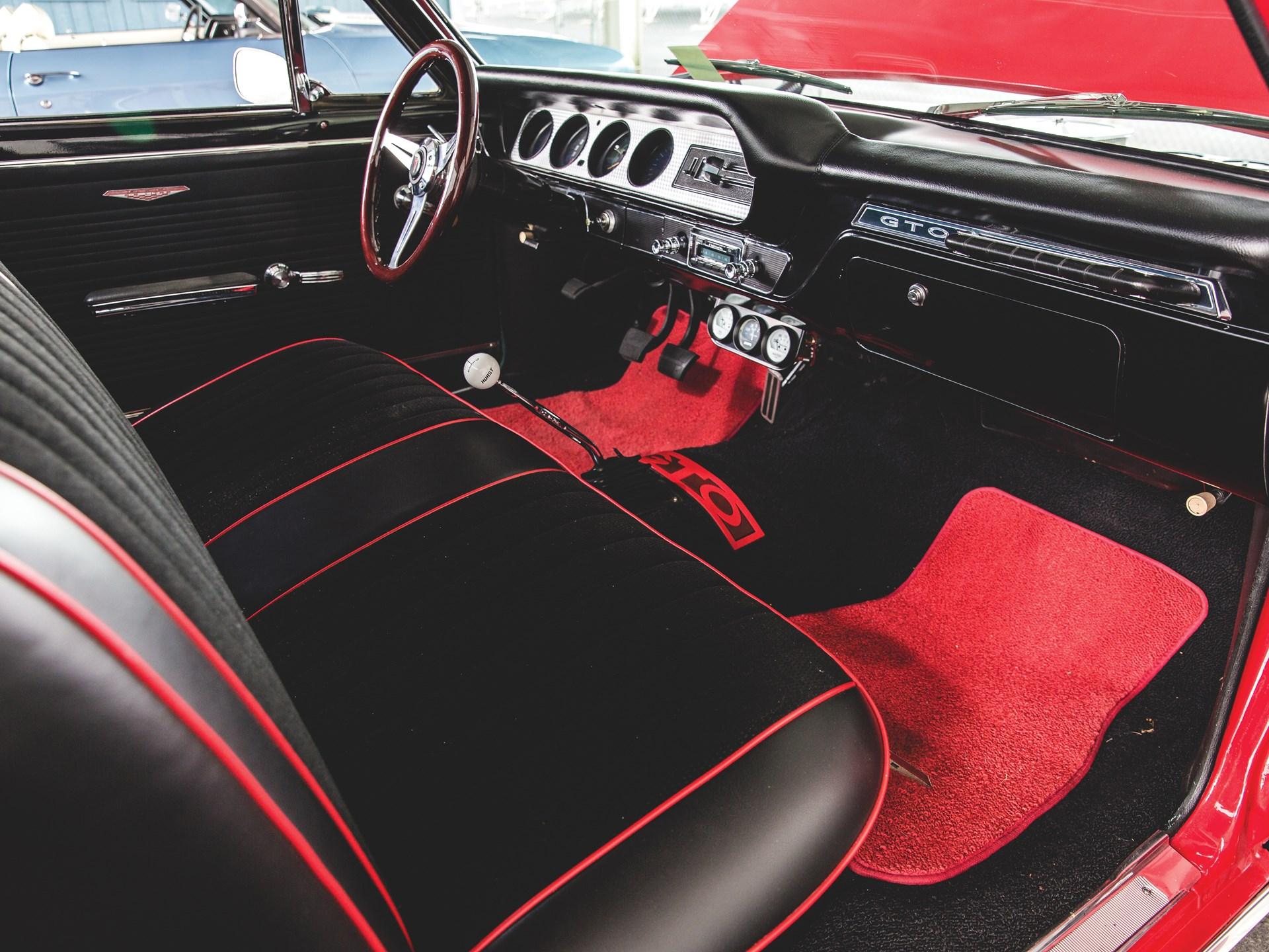 "1965 Pontiac GTO ""Chief Camino"" interior"