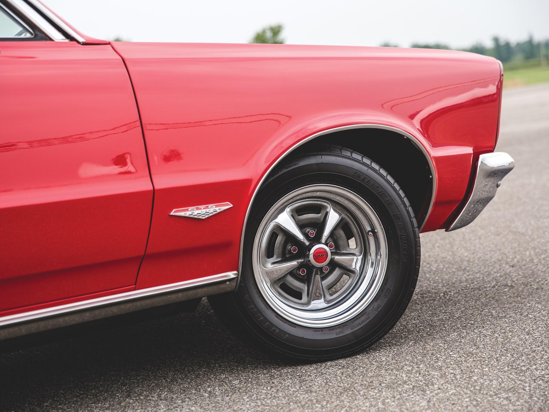 """1965 Pontiac GTO """"Chief Camino"""" front fender"""