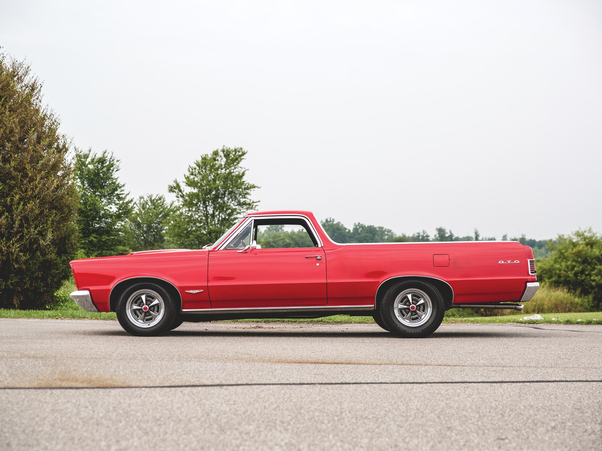 "1965 Pontiac GTO ""Chief Camino"" side view"