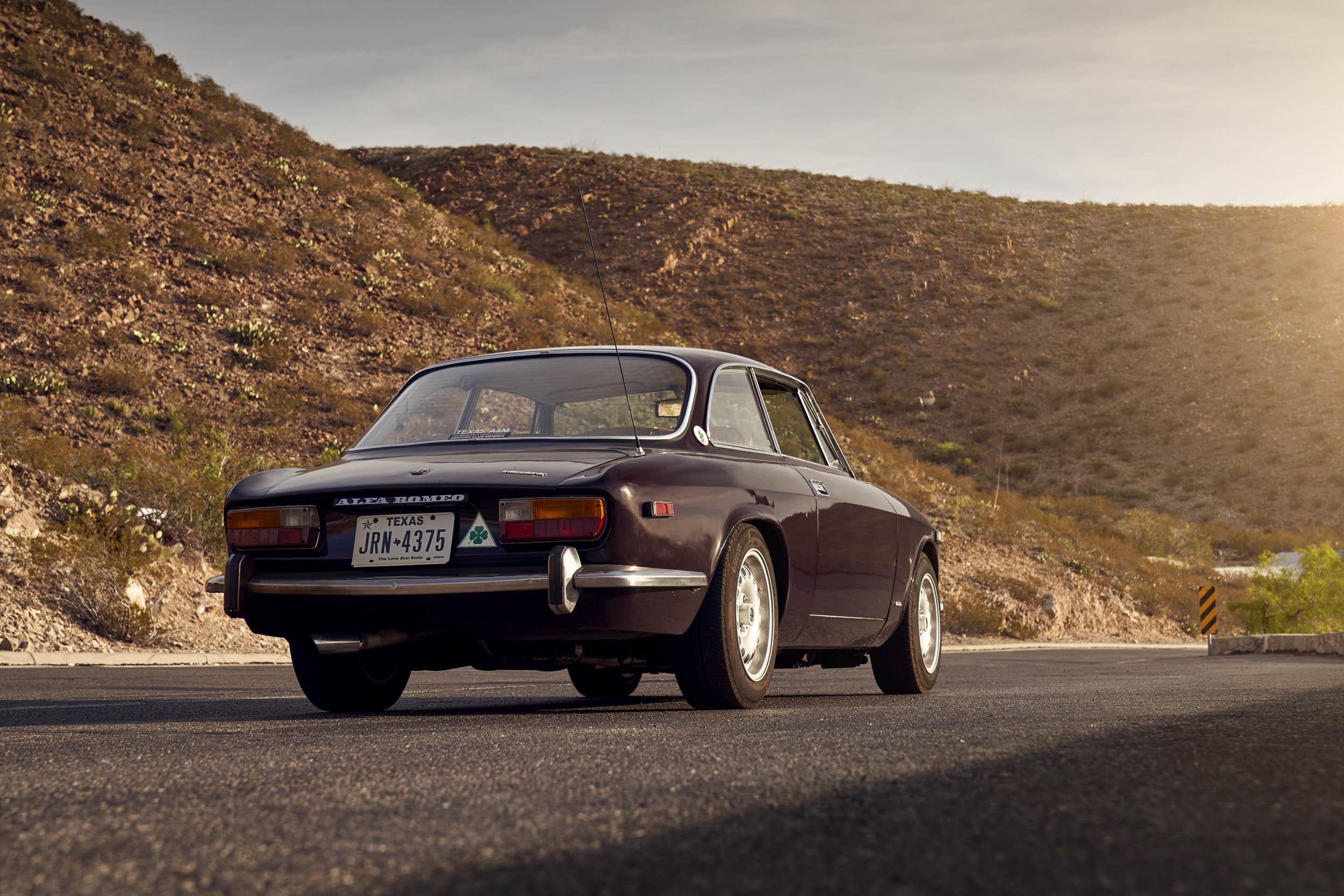 Alfa Romeo GTV rear 3/4 in the mountains