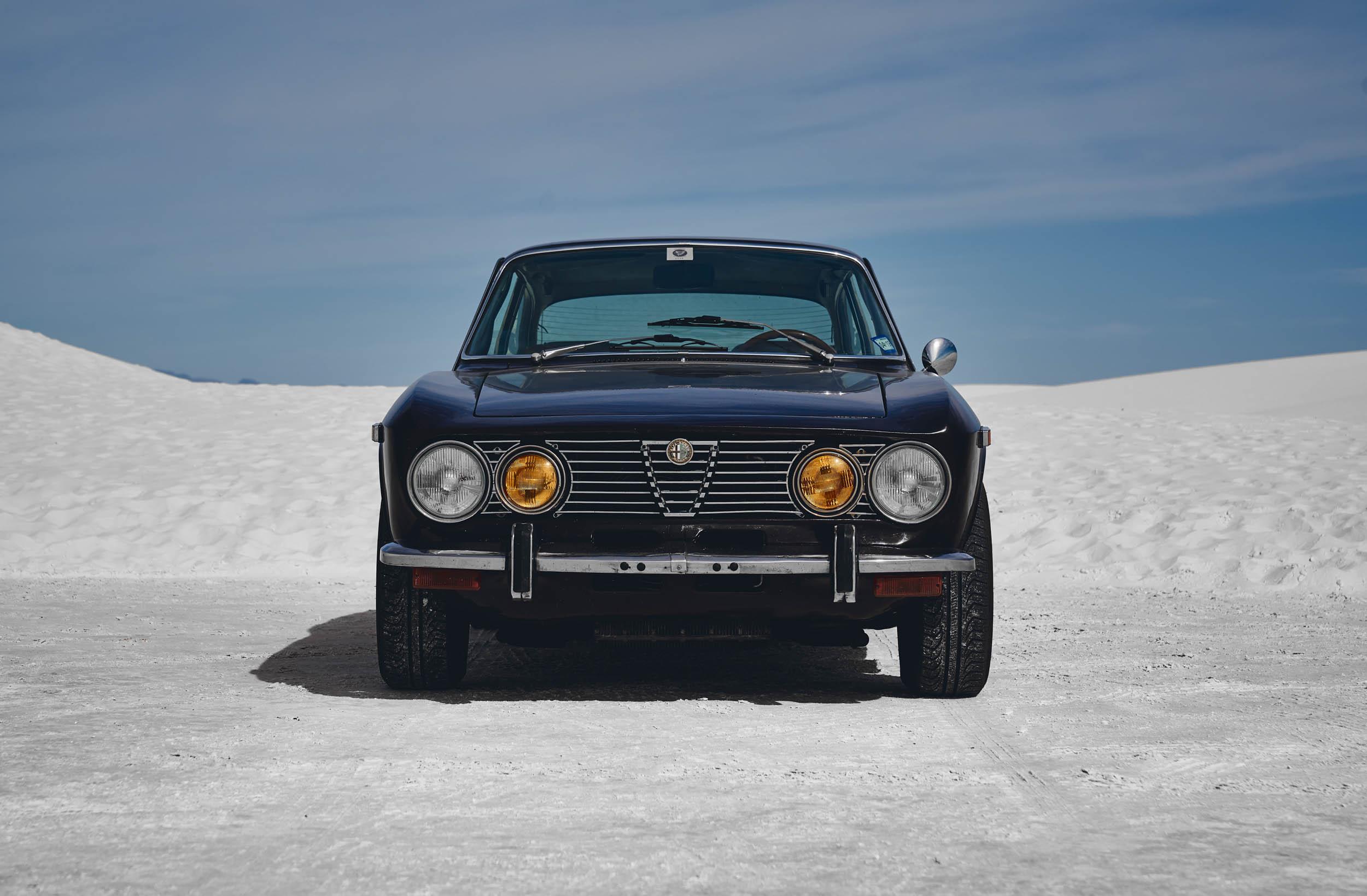 Alfa Romeo GTV front in desert