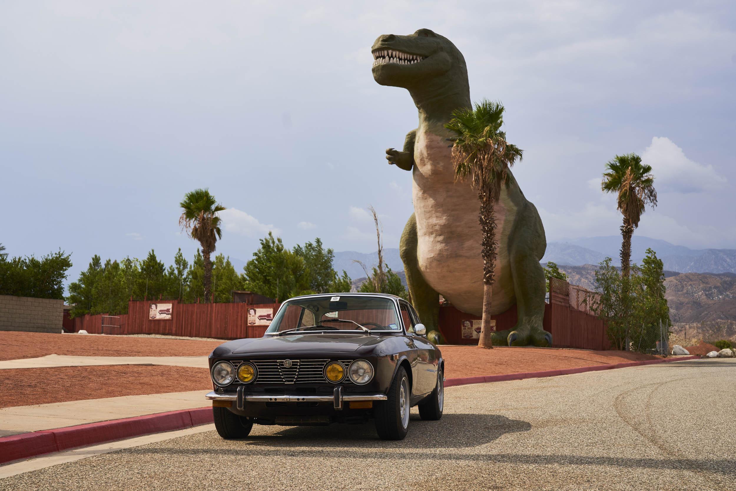 1974 Alfa Romeo GTV 2000 dinosaur