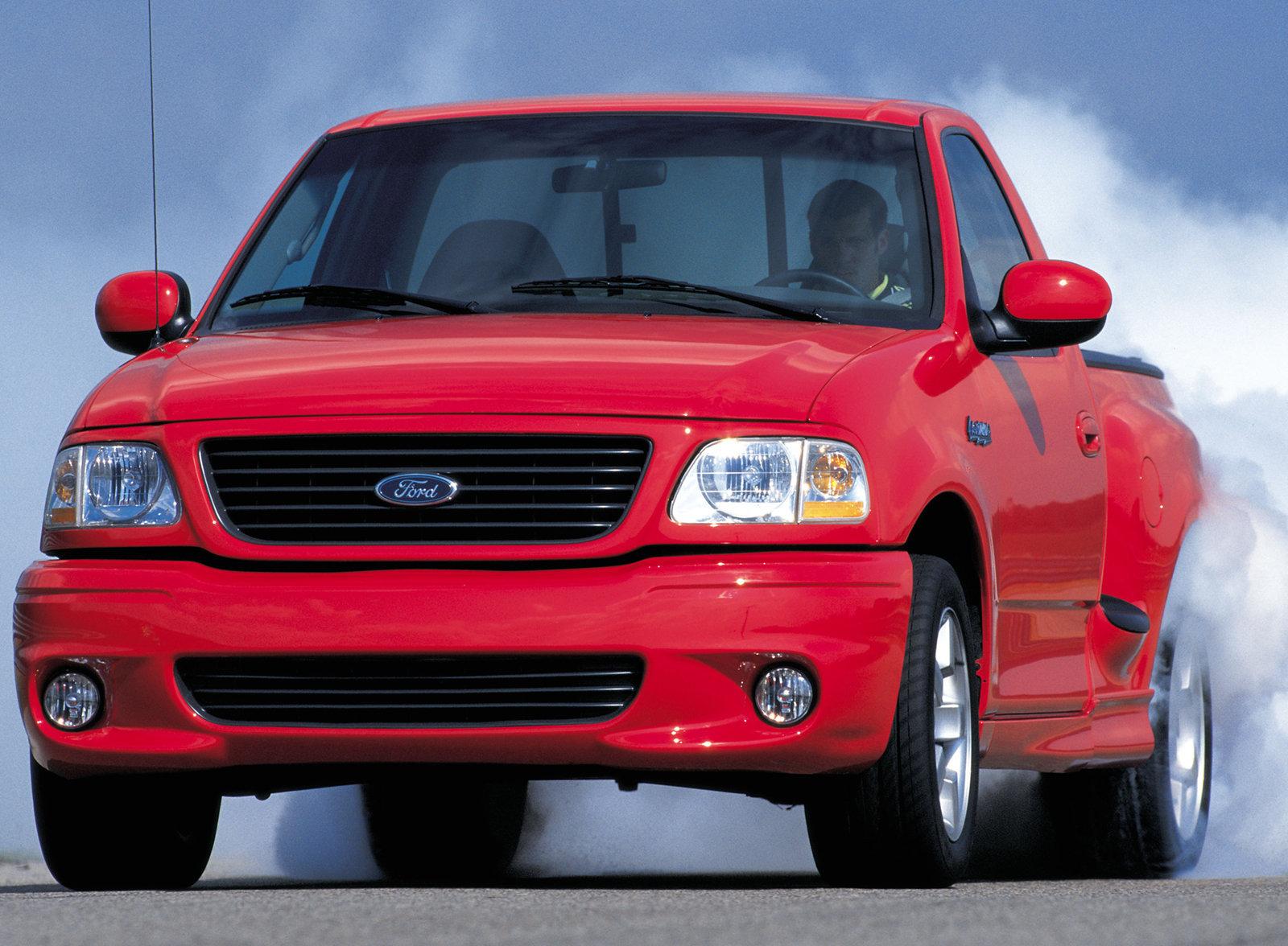 2001 Ford F150 SVT Lightning burnout
