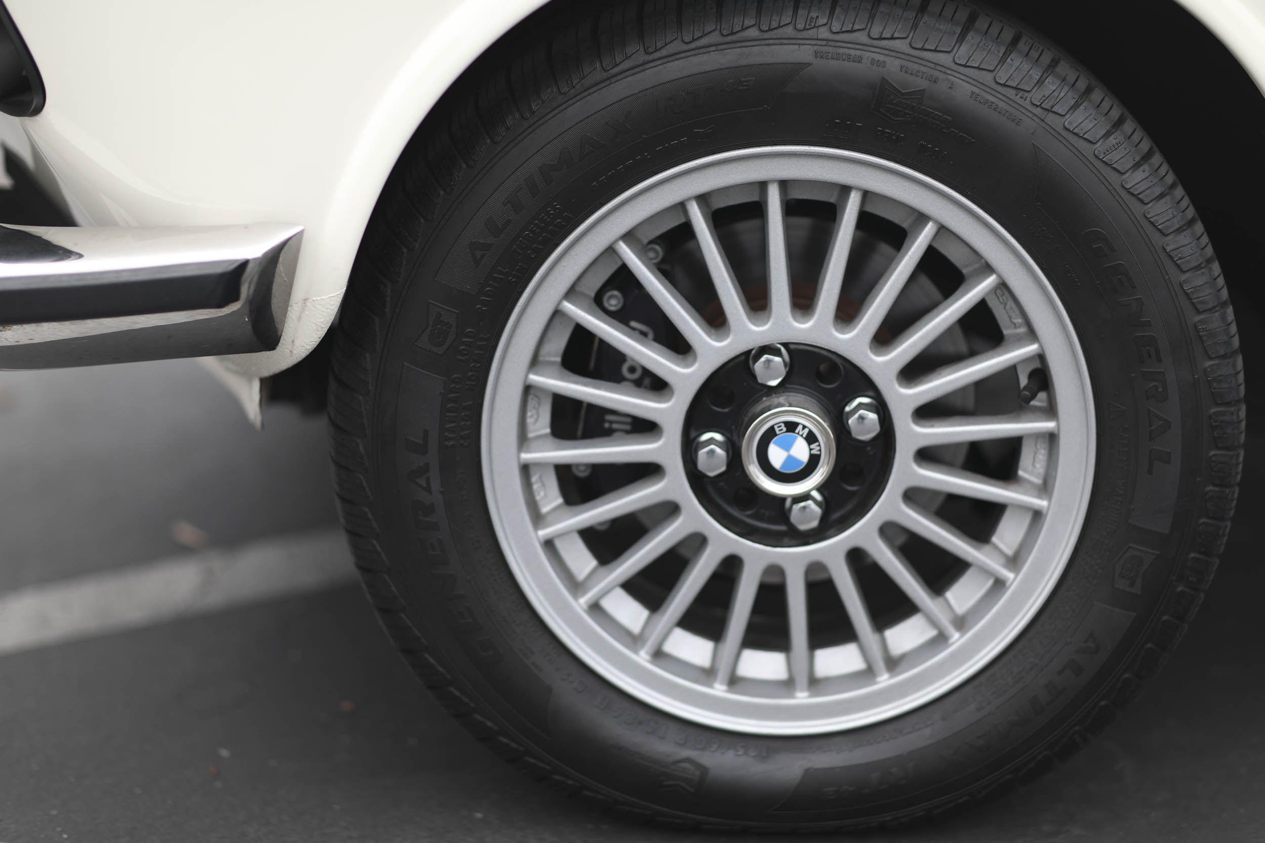 1975 BMW 2002 wheel detail