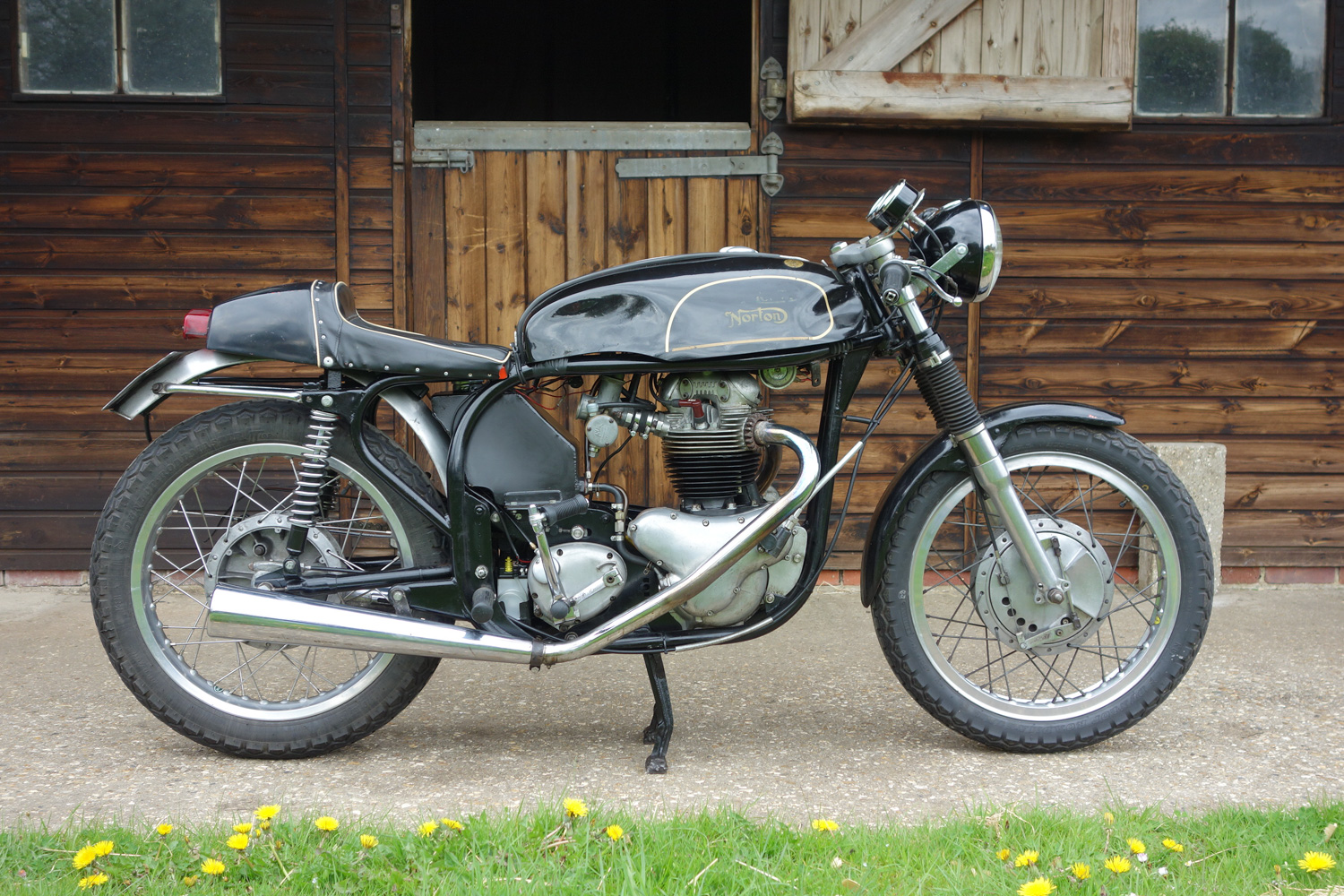 1960 Norton Dominator SS650 side view
