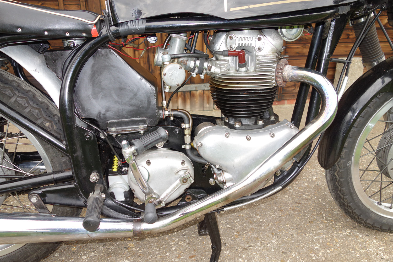 1960 Norton Dominator SS650 side engine