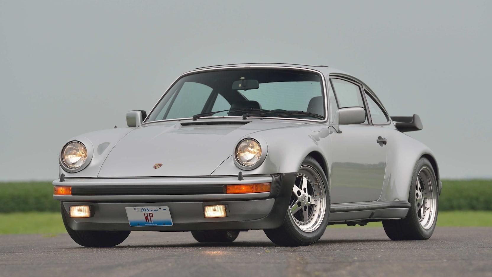Da Porsche! One lucky Bears fan could score Walter Payton's 930 Turbo thumbnail