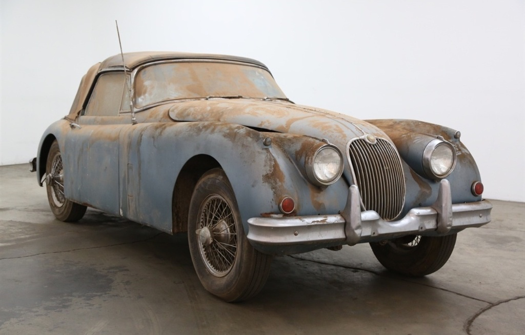 Dusty 1961 Jaguar XK150 barn find could be yours thumbnail